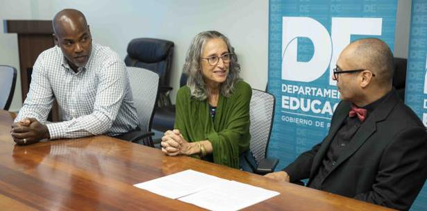 Puerto Rico: Reanudan convenio por la educación Montessori