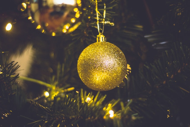 Montessori inspired tips for caregivers of seniors over the holidays